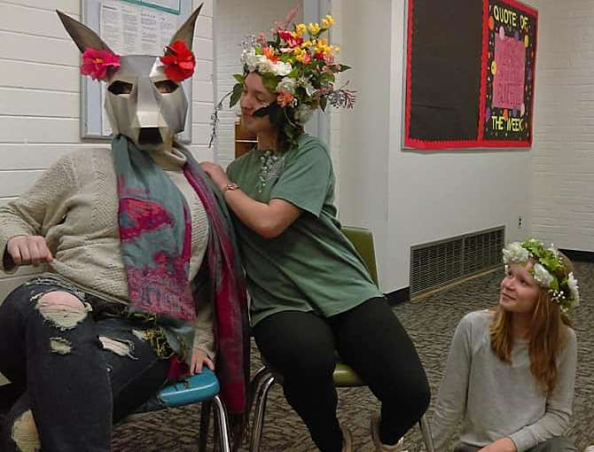 "GarPal HS Theater Club to Perform ""A Midsummer Night's Dream"""